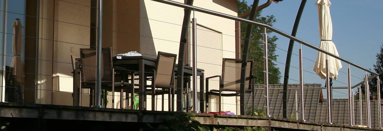 garde-corps inox sur terrasse bois
