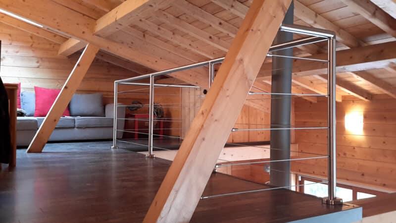 rambarde inox dans maison bois mezzanine